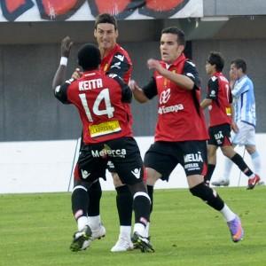 Keita y Aduriz en el partido Mallorca - Málaga