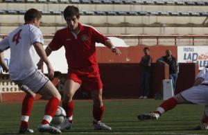 Un momento del último partido entre el Ibiza y el Sant Carles.  M.C.