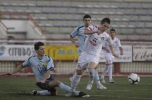 Jonathan Ondina, en un  partido de esta temporada con el Ibiza