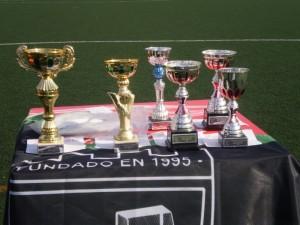 Los trofeos de elos participantes