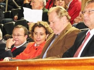 Tomeu Vidal, Aina Calvo, Ramón Socías y Miquel Vaquer en el palco del Ono Estadi