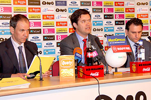 Presentación del acuerdo entre El Mallorca y el operador WifiBaleares