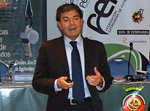 Manuel Diaz Vega, ponente de lujo hoy en la charla formación en el comité de arbitros