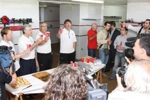 El aperitivo ofrecido por el cuerpo técnico a la prensa