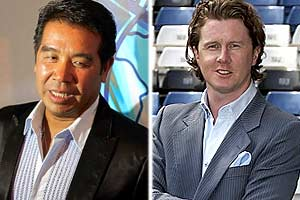 Carson Yeung y Steve McManaman