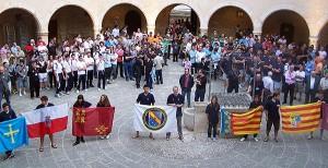 Representantes de todas las delegaciones estuvieron ayer en la presentación en el Castell. Foto: Fotoprens