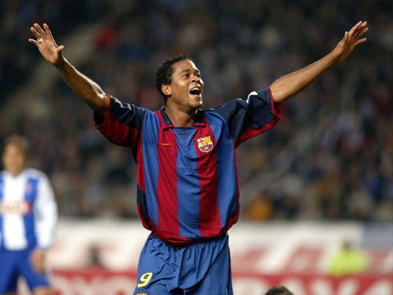 50 Figuras del Barça 2000 - 2011 Kluivert-800x600