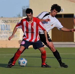 El goleador Nico renueva con el Santanyi
