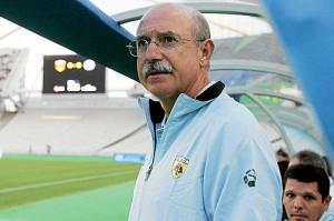 Llorenç Serra Ferrer, durante su reciente etapa como entrenador del AEK de Atenas | AFP