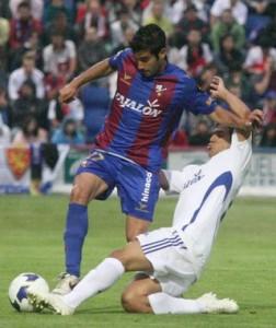 Lluis Sastre con el Huesca