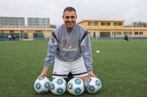 Los goles de Espadas serán para el collerense de Carlos Martinez