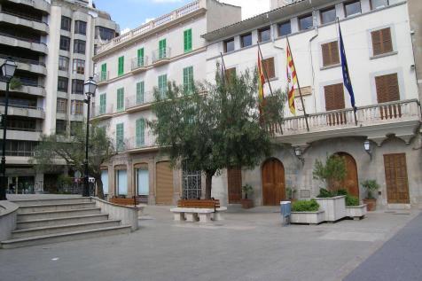 ... Plaza Mallorca de Inca se prepara para vivir la gran final del Mundial