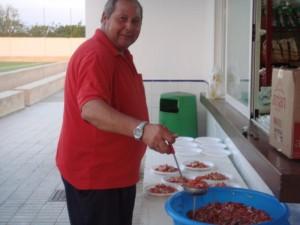 Bernat Picó preparando es Trempo a la plantilla