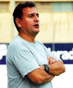Marc Serrano evalua estos días a varios jugadores para incorporarlos al primer equipo