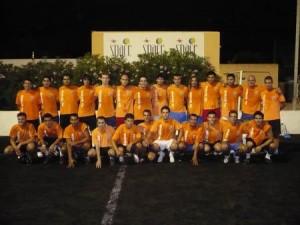 Los integrantes de la plantilla del Sant Josep empezaron a ejercitarse ayer.  P.M.