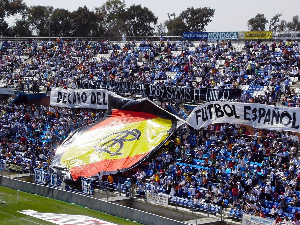 10.000 almas en contra del Ibiza - Segunda B - FutbolBalear.es